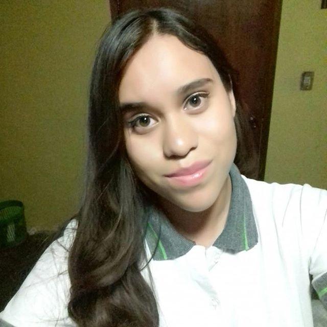 Denisse17